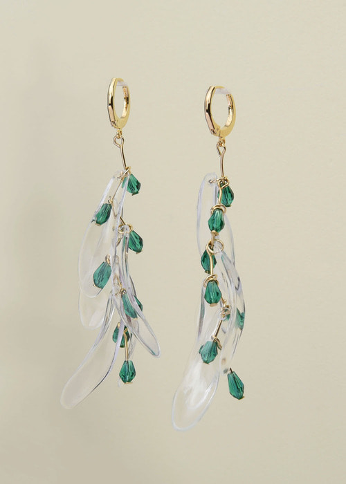 Green crystal wave earrings